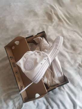 Brand new converse all star