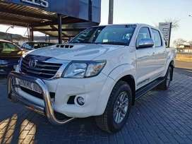 Toyota Hilux 3.0 D-4D Legend 45 from Dynamic Auto