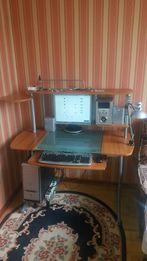 Комп'ютер, комп'ютерний стіл, шкіряне крісло, планшет (комплект).