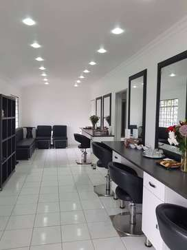 A lovely beauty salon space to rent