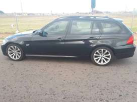 2009 BMW 320I Stationwagon