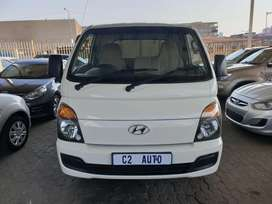 2017 Hyundai H100 2.5 Canopy, Manual