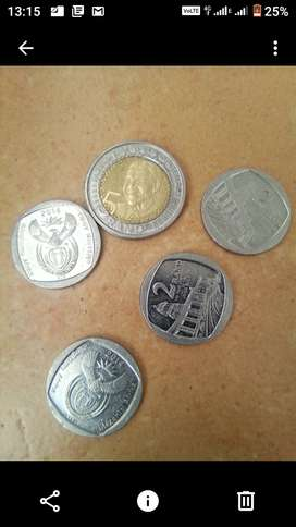 R5 Nelson Mandela 2018 and R2 union building coins 2014