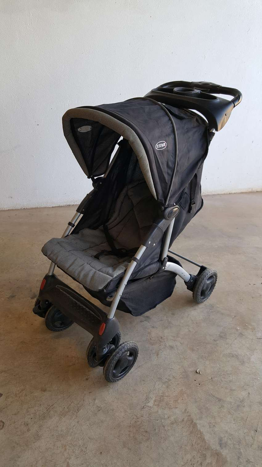 JUST BABY STROLLER FOR SALE 0