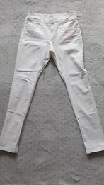 Spodnie biale
