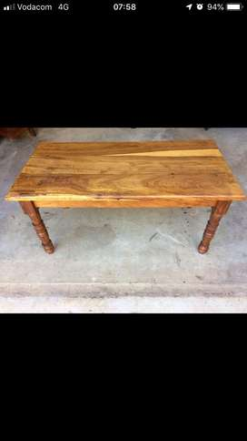 Kiaan Medium Coffee Table