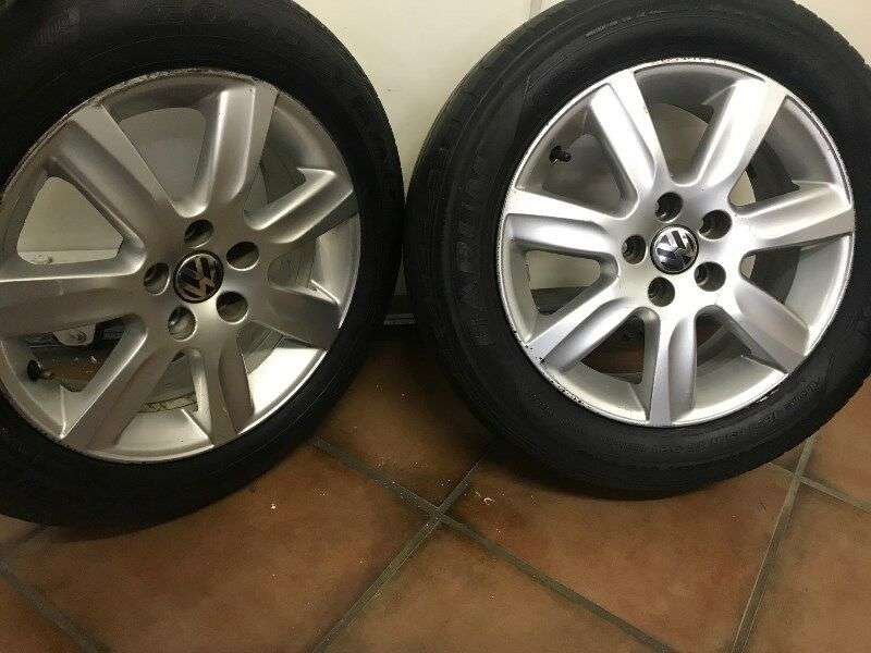 Polo 6 Comfortline 15 inch mags for sale!! 0