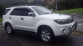 2011 Model Toyota Fortuner 3.0 D4D Automatic