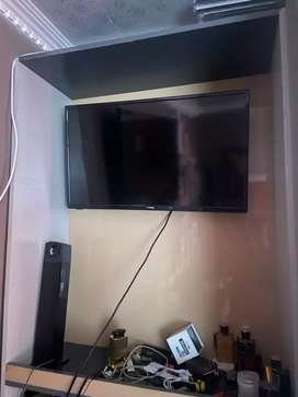 Fusion tv for R1800