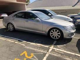 Price reduced to sell now 2006 Mercedes Benz S500