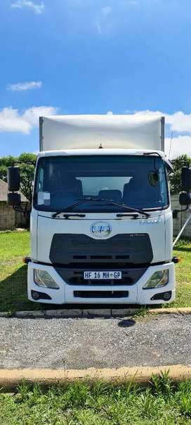 [URGENT DEAL] 2017 NISSAN UD P9218 CRONER TRUCK FOR SALE