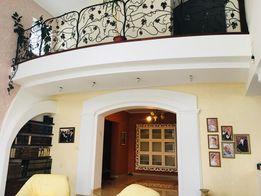 Продается дом, район Цирка, центр, общей площадью 400 м2