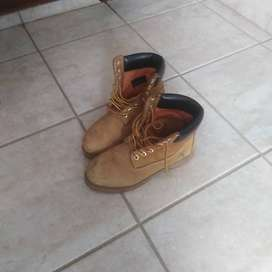 Timbaland boots size 7
