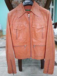 Шкіряна жіноча фірмова куртка Benetton р.42
