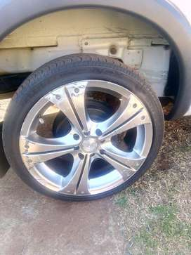 Mag and tyre 17 inch wanna swop with 15 inch