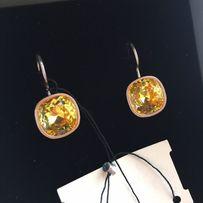 Серьги из серебра с камнями swarovski