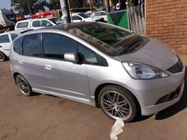 Honda jazz 1.5 engine 152000km price 68000