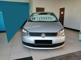 2015 VW Polo Vivo 1.4 BLUELINE with ONLY 117000kms