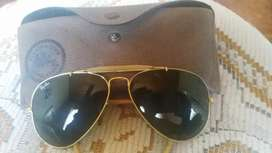 I'm selling two pairs of genuine Ray bans