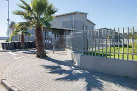 Royal Maitland Two Bedroom For Rent R6000