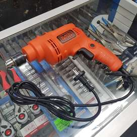 Black and Decker 550w 10mm Hammer Drill for Sale