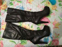 Женские зимние кожаные сапоги на натуральном меху