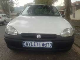 2003 Opel Corsa Utility 1.4 bakkie with Canopy