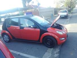 Smart for4 stripping for parts