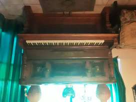 C. Gunther & Sons piano dating approximately in the 1930's