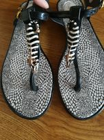 House gumowe japonki sandalki 38