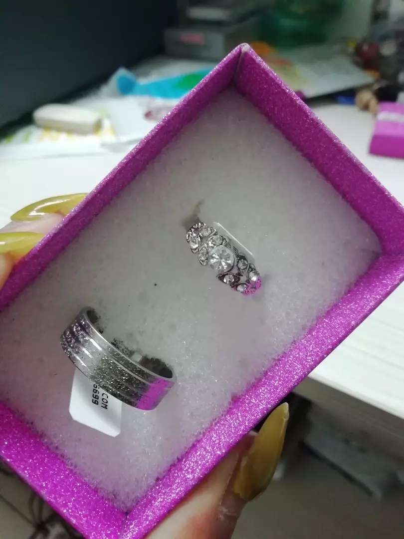 His and Hers rings brand new 0