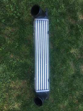 Intercooler BMW 120d 320d preface intercooler  (E87 / E88 / E90 / E91