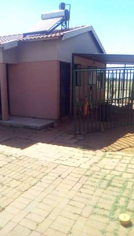 House for grabs JHB SOUTH in Lehae