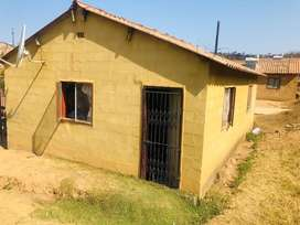 4 Room house for sale at inanda mawoti