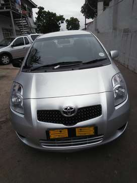 TOYOTA YARIS T3 FOR SALE IN DURBAN.