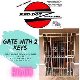 Security Gate with 2 keys