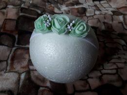 Bezuciskowa opaska z kwiatkami na chrzest roczek sesję