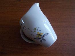 Dzbanuszek porcelanowy -Karolina