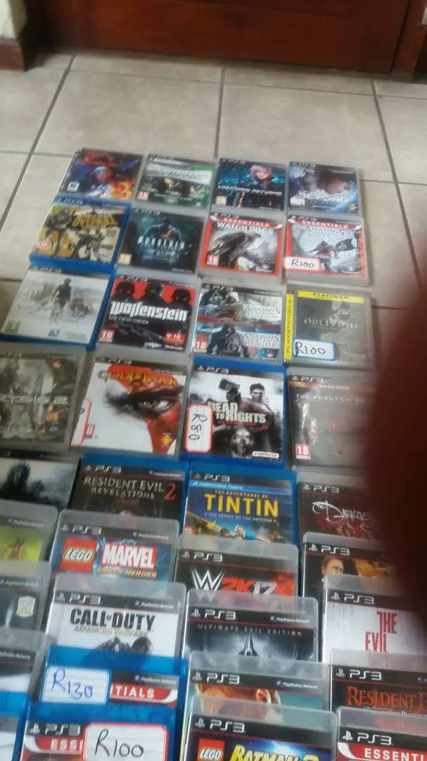 Playstation 3 plus 77 games 0