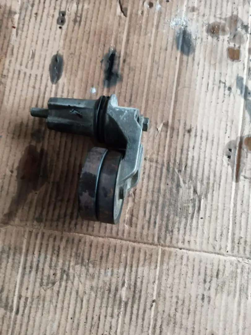 Fan belt tensioner land rover discovery 3 0