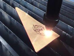 Лазерная гравировка на стеклянной посуде и фанере