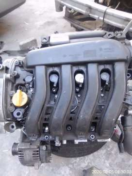 I'm selling engine for megane 2 shake it  for stripping