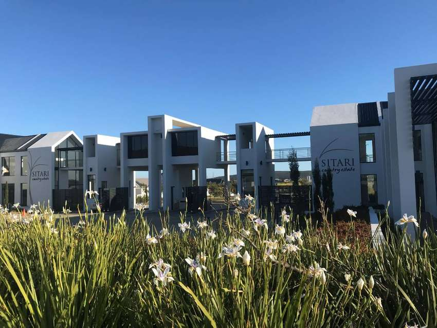 Apartment to let in The Grand Olive, Sitari, Somerset West, Cape Town 0