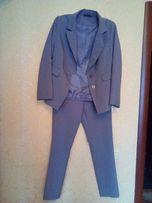 Продам костюм бонприкс серого цвета в отличном состоянии -500 руб 48 р