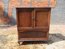 Beautiful Queen Anne Radio cabinet perfect for a drinks cabinet