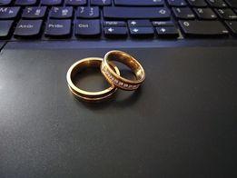 Продам кольца комплект