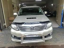 TOYOTA FORTUNER FOR SALE AT VERY GOOD PRICE AUTOMATIC