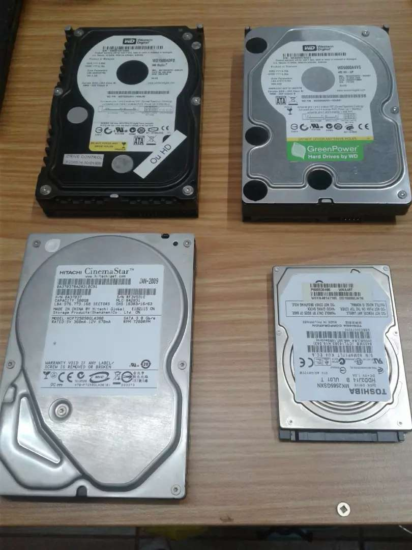 Desktop and laptop harddrives for sale. 0