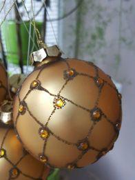 Новогодние шары золотые, шарики, кульки