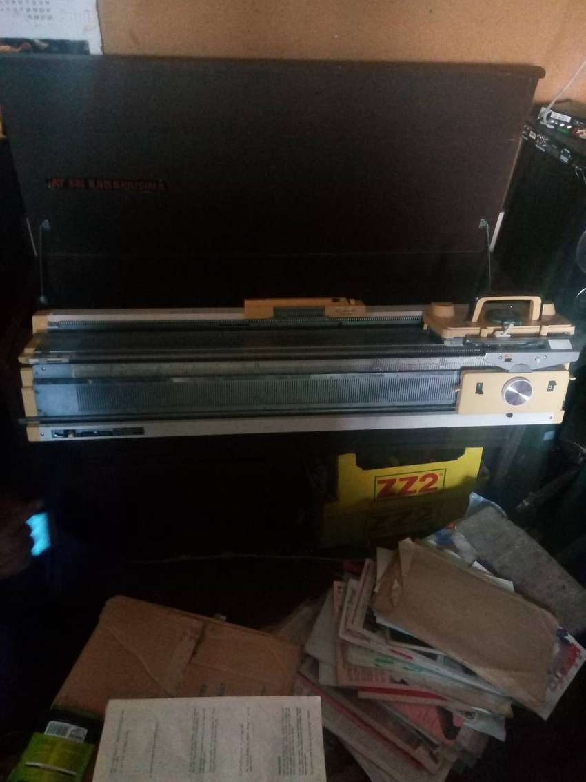 Empisal sewing machine for sale 0
